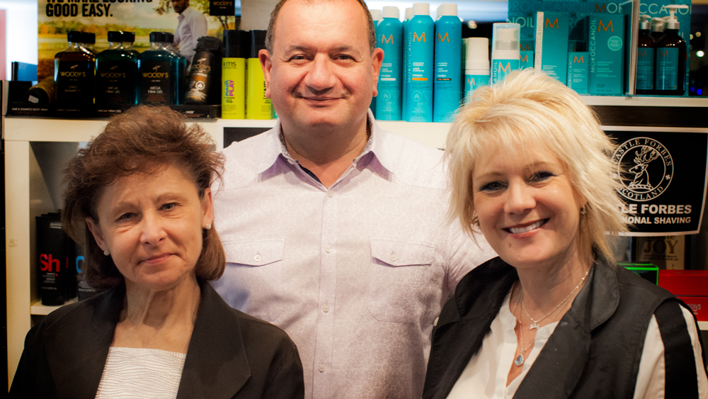 Vincents Den For Mens Haircut Mens Hair Stylist Kingsway Etobicoke Staff Photo 3