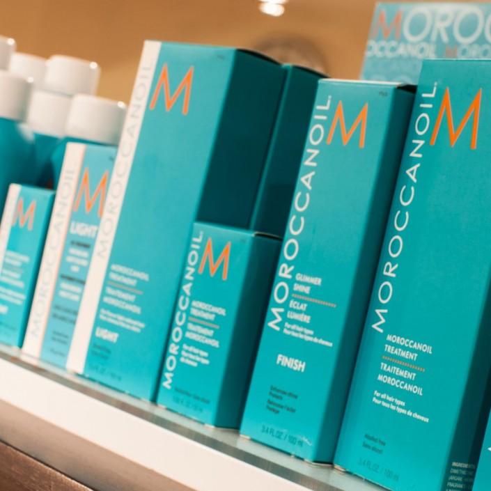 Vincents Den for Mens Haircut Mens Hair Stylist Kingsway Etobicoke Moroccan Oil Boixes